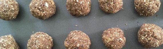 No-Bake Chocolate Zucchini Energy Bites {Recipe}